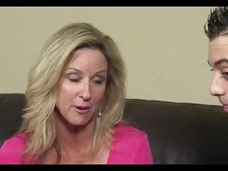 Mom's Sex Ed Mouth and Hands On